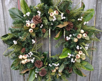 Holiday / Christmas Wreath / Cream and White Berry Wreath with No Red / Magnolia Christmas Wreath / Horn's Handmade / Christmas Decoration