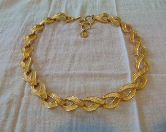 vintage ANNE KLEIN2 signed gold plated ribbon links necklace signed mint unused
