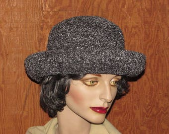 "Women's Vintage 80s Gray Fedora, Betmar Rolled Brim Hat, Dark Gray Hat, Size Medium, 22"""