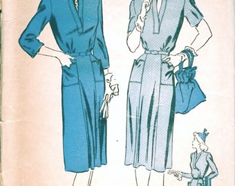 Fab Vintage 1940s Advance 3424 WWII Style Pullover Day Dress Sewing Pattern B32
