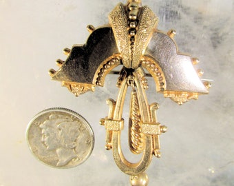 Exquisitely Detailed Victorian Rolled Gold Hollow Ware Brooch with C-Clasp, Cut Details, Stunning Piece!