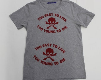 Seditionaries Punk  T-shirt - Too Fast to Live too Young to Die -Vivienne Westwood-Skull and Crossbones -Red Gray Grey 40 Medium Large Mens