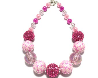 Toddler or Girls Pink and White Valentines Day Chunky Necklace - Girls XO chunky Necklace - Pink Love Chunky Necklace - Hot Pink Necklace