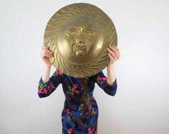 Brass Sun Wall Hanging // Large Vintage Sun Face Wall Plaque Decal Bohemian Hippie Chic Style Summer Porch Decor Statement Piece Gold Metal