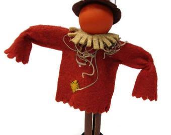 Scarecrow Clothespin Ornament - Garden Scarecrow, Halloween Ornament, Pumpkin Head, Peg Doll, Clothespin Doll, Halloween Decor, Party Favor
