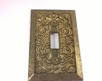 Vintage Light Switch Plate -  Single Lightswitch Cover- Ornate Filigree Antiqued Hold Decor