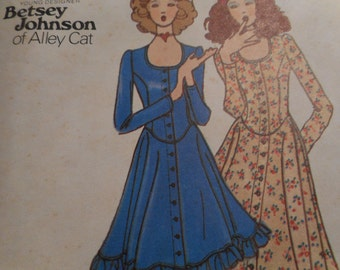 Vintage 1970's Butterick 6536 Betsey Johnson Dress Sewing Pattern Size 7 Bust 31