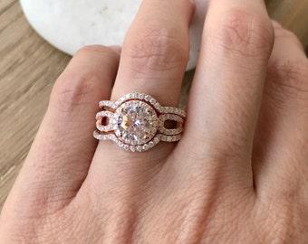 Engagement Ring Set- Rose Gold Bridal Ring Set- Halo Round Wedding Ring Set- Matching Band Engagement Ring- Rose Gold Ring Set