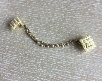 Vintage Costume Pearl Sweater Guard, Sweater Chain, Sweater Clip