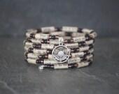 Shakespeare bracelet, Shakeapeare jewelry, book jewelry, Othello bracelet, book lover gift, recycled book jewelry, paper bead bracelet