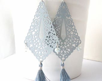 Tassel earrings, Neutral grey earrings, boho earrings, gypsy earring, long earrings, winter trend 2017, lace earrings