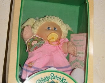 Vintage 1983 Cabbage Patch Doll By COLECO In The Original Box Doll Named PAULINE IDALIA