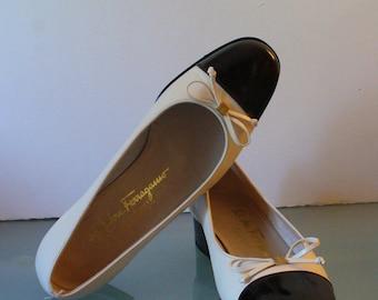 Salvatore Ferragamo Made in Italy Captoe Ballet Flats Size 6C