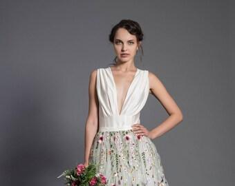Ecru bodysuit, ecru wedding top, elegant top, deep neck blouse, bridal separate, elastic top, wedding separates, bodyshaping top