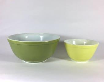 Verde Pyrex Mixing Bowl Set, 401 and 403, Avocado Green, Nesting Bowls, 1960's- 70's