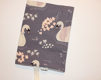 Plum Swan ORGANIC Travel Changing Pad, Waterproof Travel Size Changing Pad, Baby Mat, On the Go Changing Mat