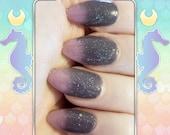Pink Dolphin - Gray to pink glitter thermal nail polish