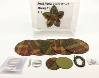 Small Olive, Gold and Red check Harris tweed brooch making kit