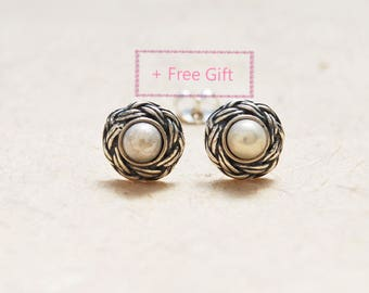 Large Pearl stud earrings, Round Pearl stud earrings, Sterling Silver Pearl Stud Earrings, Unique birthday Gift For Her, Anniversary Gift