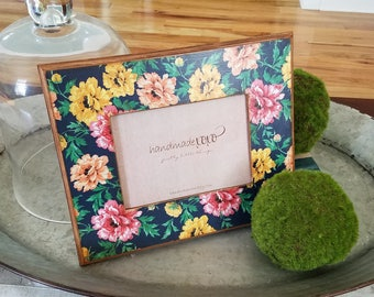 Romantic Floral Picture Frame-9x11 Wooden Frame-Vintage Floral-Bedside Table Picture Frame-5x7 Opening-Farmhouse Decor-Distressed Frame