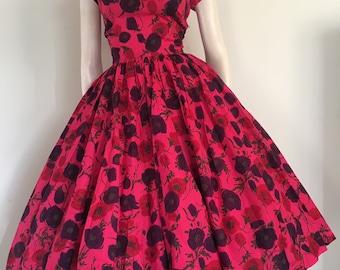 GORGEOUS Bombshell 50s Dark Pink Floral Cotton Party Dress / Full Skirt / Medium / Jerry Gilden