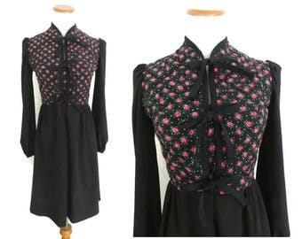 Rose Print Dress Quilted Floral Dress Black Pink 70s Boho Hippie Folk Dress 1970s Bohemian Hippy Size Small S