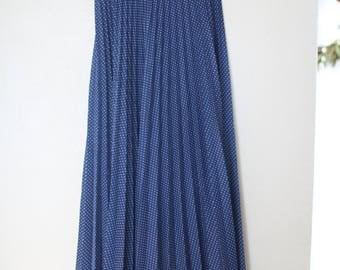 vintage navy blue white polks dot accordian maxi skirt