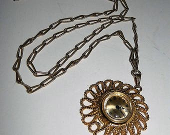 Signed Vendome Gold Tone Circular Wind Up Watch Pendant Necklace
