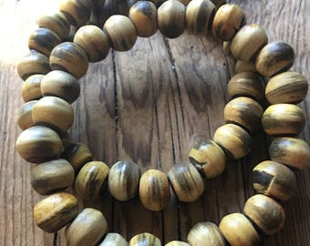 Natural Horn Beads Drum Shaped - 10x8mm - Center Drilled - Honey Amber Color - Natural Horn Untreated, Polished - 10 Beads per Order
