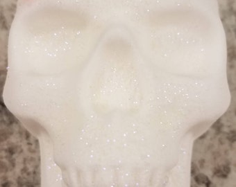 Skull Bath Bomb, Valentine, Gift, Girlfriend, BFF, Fizzy, Bleeding, Horror, Dead, Goth,  Steampunk, Fizzy, Skelatons, Day of Dead, Halloween