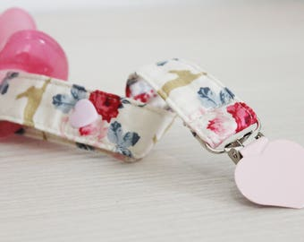 Flowers Soothie Pacifier clip, Soothie pacifier, Baby pacifier clip, Binky Clip, Universal pacifier clip, Paci Clip, Pacifier holder girl