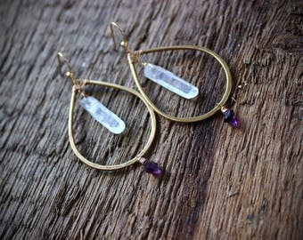 Super 7 stone Raw Quartz hammered hoop earrings / handmade jewelry / Raw amethyst melody stone / hoops / third eye chakra healing / reiki