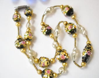 Art Deco Vintage Necklace Wedding Cake Lampwork Venetian Beadwork Faux Pearls Gold tone Spacer Beads Petite Mid Century Hollywood Regency