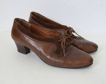 Brown leather shoes lace up brogues heels womens suede detail block heels mod retro Vintage UK 5 US 7.5 EU 38