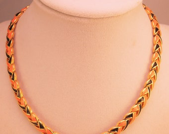 Mint Condition Black and Salmon Enamel Choker 1980-90s