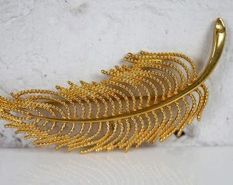 Large Monet Feather Brooch gold tone