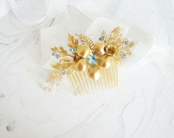 Gold Something Blue Bridal hair comb, Gold bridal Hair Accessory, Flower Wedding Hair, Bridal Hair, Gold Wedding, Blue Bridal Hair Comb