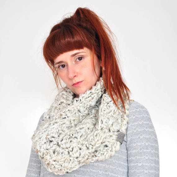 The Cloud • Cowl • Crochet Chunky Knit • Colour: COCONUT