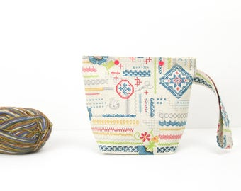 Embroidery style project bag for knitting, crochet or embroidery crafts, one skein storage bag, craft organiser