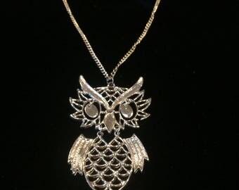 ViNTAGE 1970's OWL NECKLACE