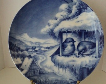 Christmas Plate 1974 Holiday Flow Blue Decorative Plate Made in West Germany Two Bluebirds at a Bird Feeder on Christmas Eve Lovely Gift