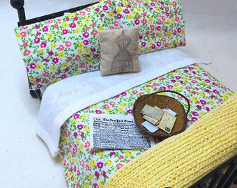 Miniature Dollhouse Duvet Bedding Set -Pretty Pink and Yellow Flowers - Queen/Double