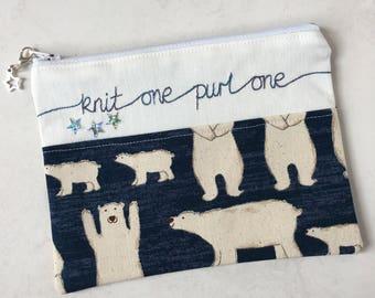 Knitting notions zipped bag