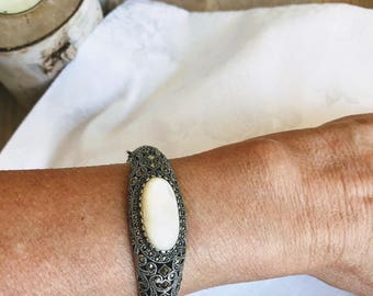 Sterling Silver Marcasite Mother of Pearl Bangle NBJ261 Marcasite Bracelet Marcasite Bangle