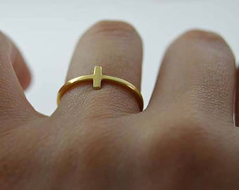 Sidways cross ring 10k, Cross ring solid 10k,10k sideways cross ring, Minimalist cross ring in 10k pink gold.