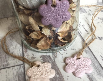 Set of 3 Floral Mini Clay Tags - ceramic tag, jar tag, cottage chic, flower charm, gift wrap tag, wedding favour, christening favour