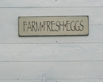 Farm Fresh Eggs Sign, Farmhouse Sign, Wood Sign, Chicken Coop Sign, Kitchen Decor, Farmers Market Sign, Distressed, Country Rustic