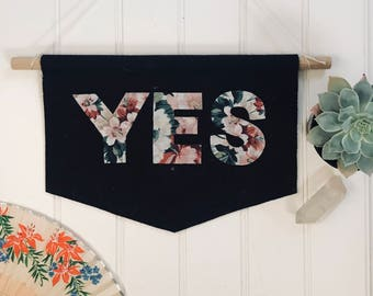 YES/NO Reversible Banner