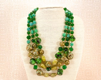 Vintage triple stranded green glass bead necklace