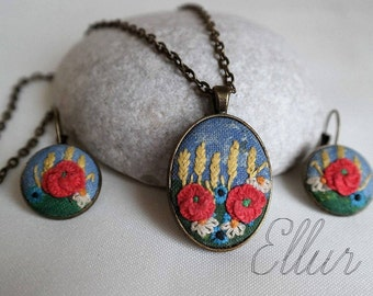 Embroidery jewelry set Red poppy embroidered Floral pendant Ukrainian jewelry Wild flower jewelry Unusual present Botanical necklace Eco